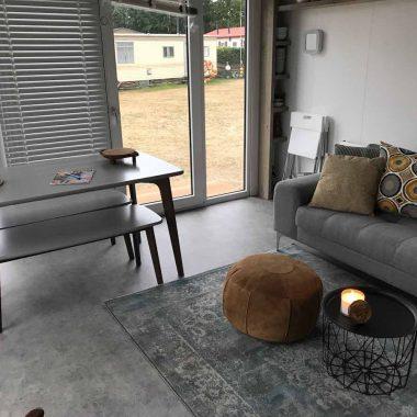 Luxe woonkamer met Airco